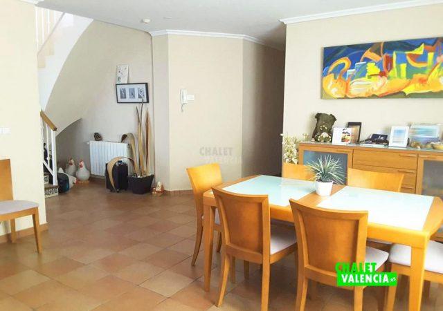 41722-salon-comedor-escaleras-2-chalet-valencia-pobla-vallbona