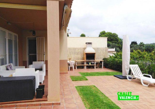 41765-exterior-terraza-paellero-lliria-chalet-valencia