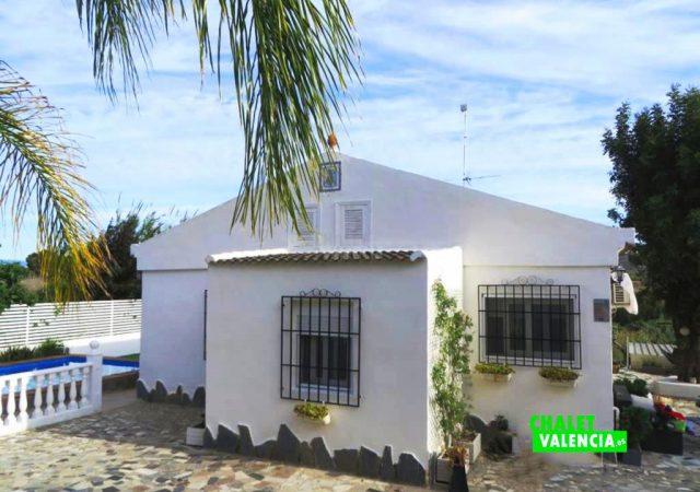 41840-entrada-casa-torrent-chalet-valencia