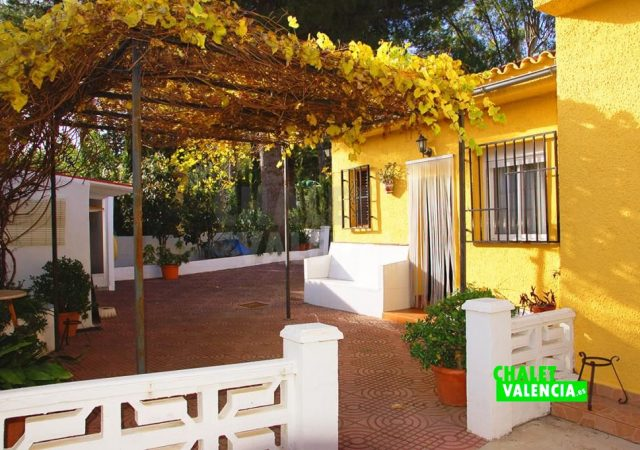 41879-2384-chalet-valencia