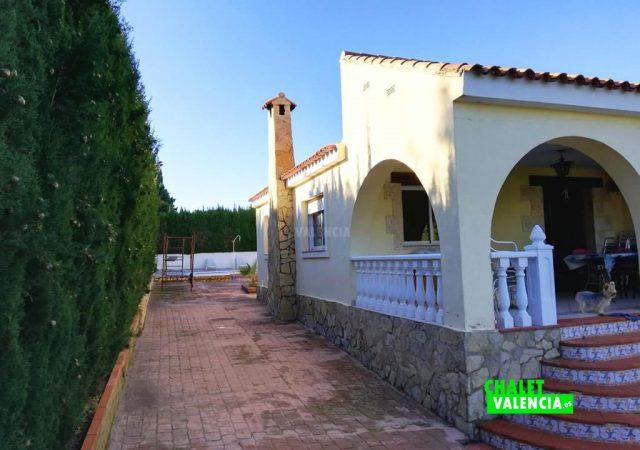 42187-e-casa-lateral-turis-chalet-valencia