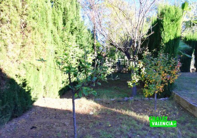 42187-e-jardin-3-turis-chalet-valencia