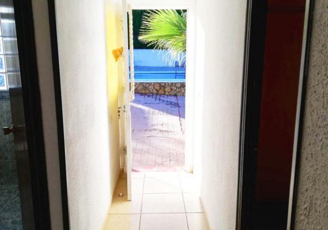 42187-pasillo-turis-chalet-valencia