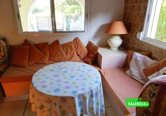 42187-salon-2-turis-chalet-valencia
