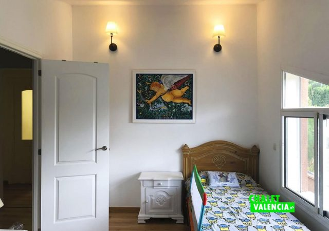 42599-hab-2-3-chalet-valencia