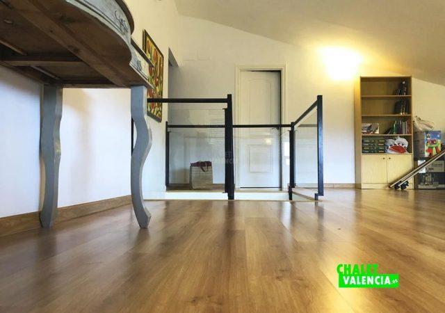 42599-vestibulo-7-chalet-valencia