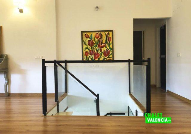 42599-vestibulo-8-chalet-valencia
