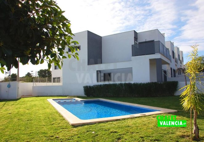 Nouvelle maison de ville moderne à Turís Valencia
