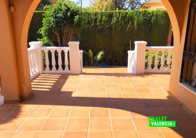 43071-entrada-chalet-valencia