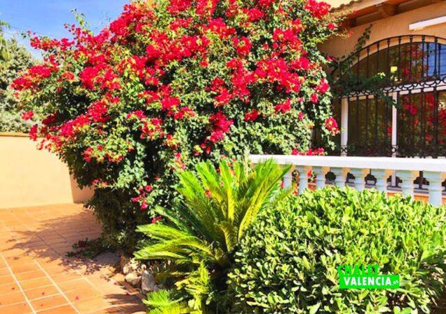 43071-exterior-jardin-chalet-valencia
