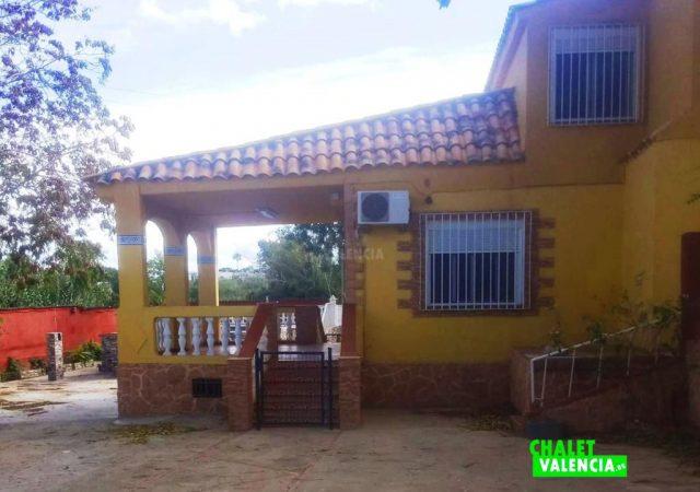 43442-entrada-chalet-valencia
