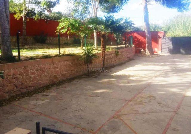 43442-jardin-entrada-chalet-valencia