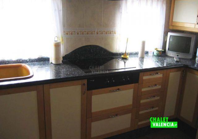 43475–cocina-2-calicanto-chalet-valencia