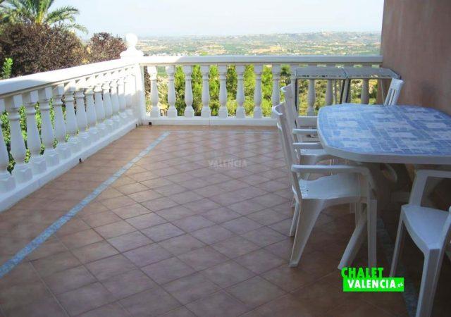 43475–terraza-infinita-calicanto-chalet-valencia