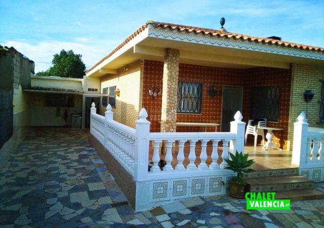 43505-terraza-principal-torrent-chalet-valencia