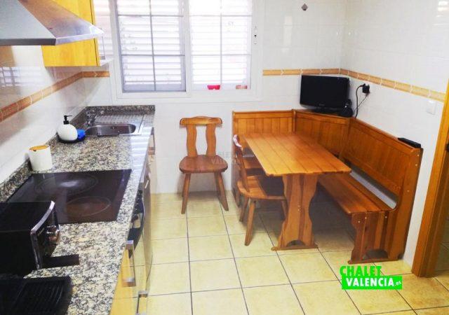 43665-cocina-3-chalet-valencia