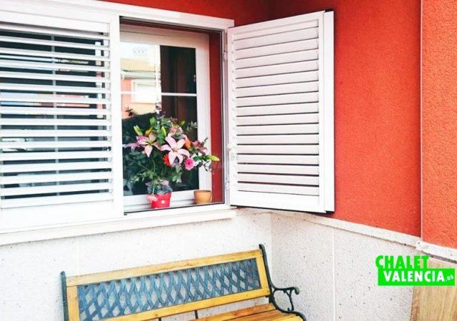 43665-entrada-casa-chalet-valencia