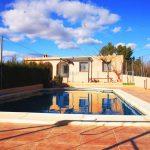 Chalet con piscina en Turis