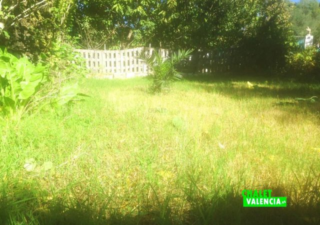 43982-jardin-2-chalet-valencia