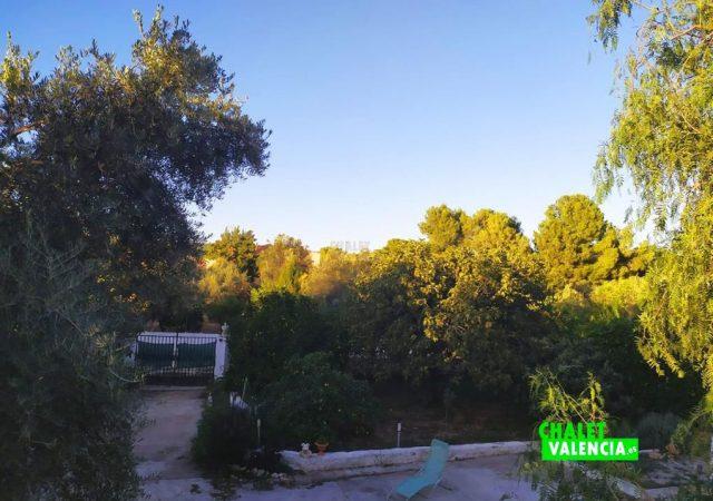 43982-vistas-1-chalet-valencia