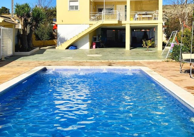 44427-piscina-chalet-valencia