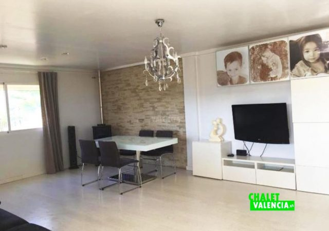 44427-salon-tv-chalet-valencia