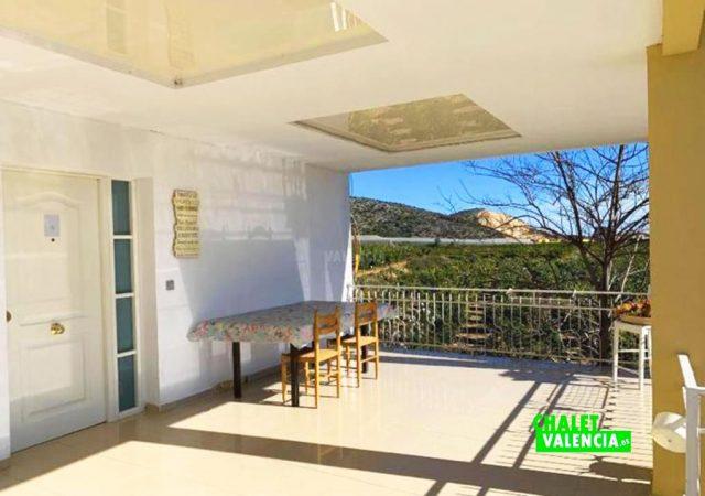 44427-terraza-chalet-valencia