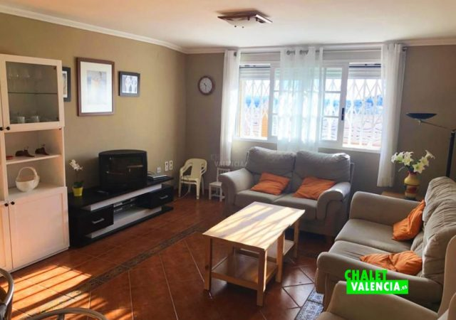 44465-salon-tv-chalet-valencia