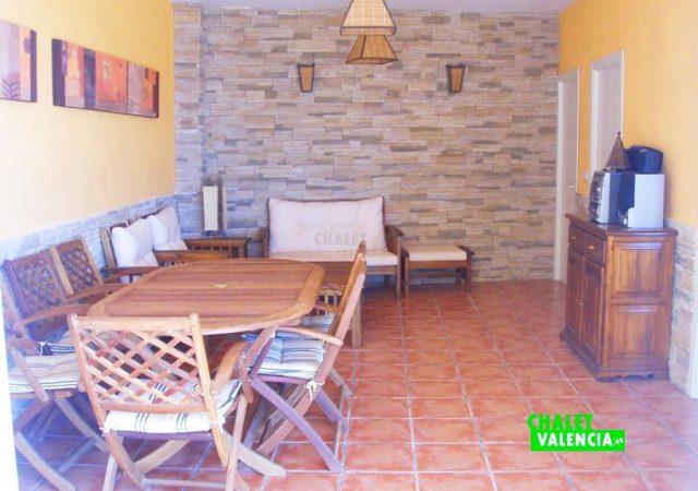 44583-terraza-cubierta-calicanto-chalet-valencia