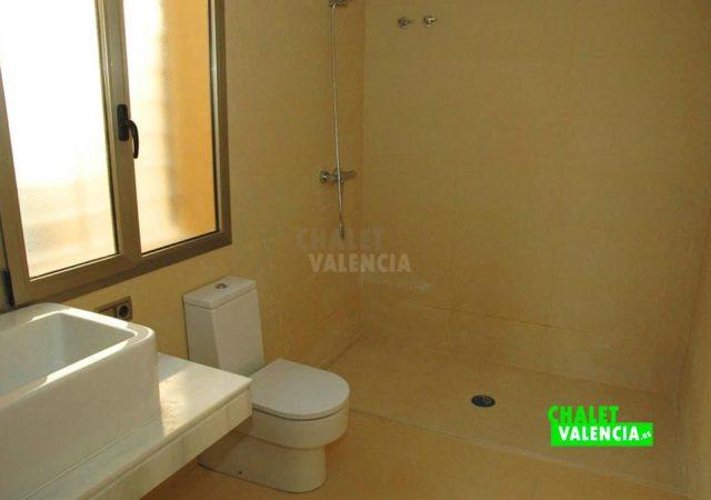 44611-baño-pl-baja-chalet-valencia