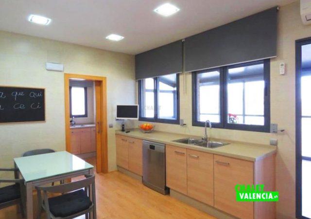 44650-cocina-moderna-chalet-valencia