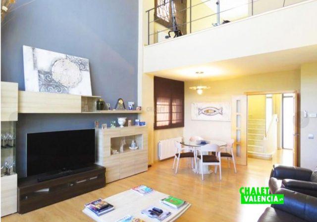 44650-salon-comedor-tv-chalet-valencia