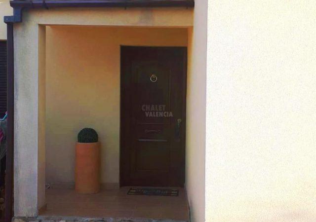 44818-detalle-entrada-chalet-valencia