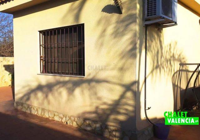 44818-detalle-fachada-chalet-valencia