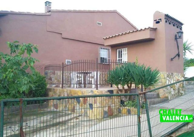 45056-exterior-casa-3-chalet-valencia