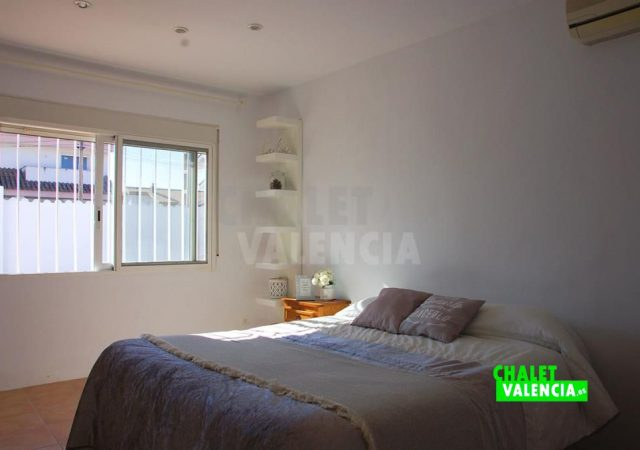 45136-3990-chalet-valencia