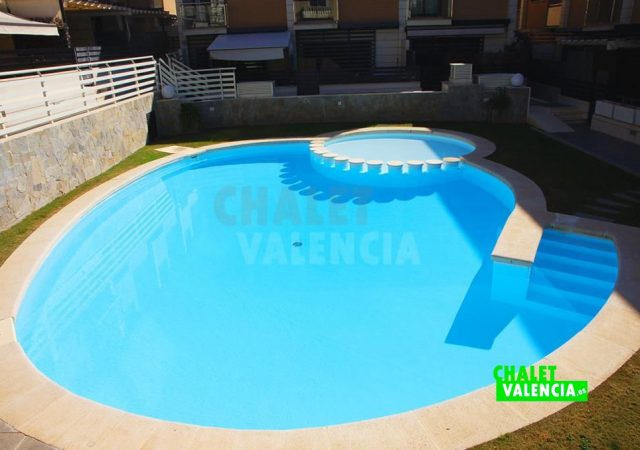 45215-3942-chalet-valencia