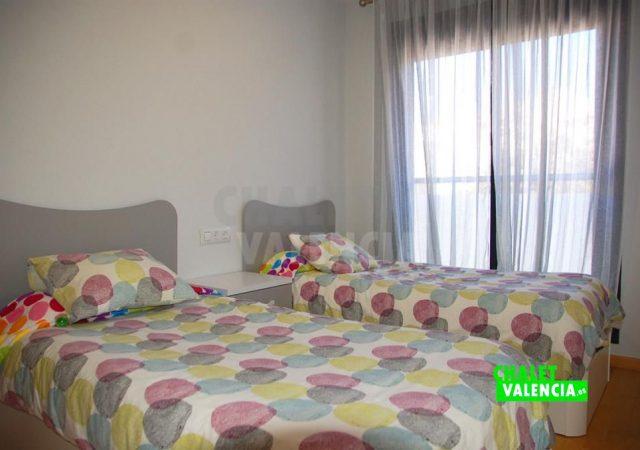 45215-3966-chalet-valencia