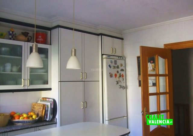 45301-9080-chalet-valencia