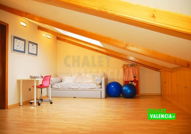 45439-4104-chalet-valencia