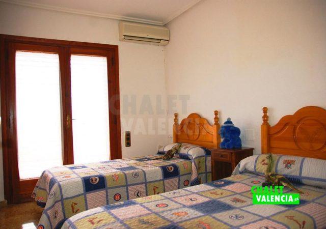 46206-4439-chalet-valencia