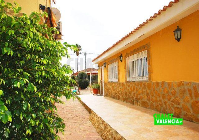 46206-casa-invitados-exterior-chalet-valencia