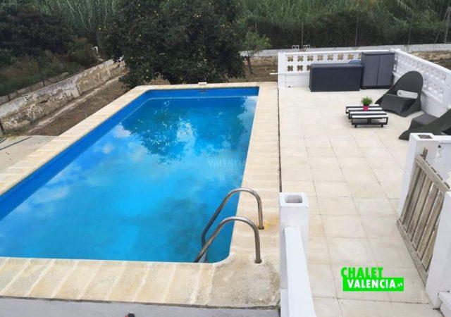 46868-piscina-solarium-chiva-chalet-valencia