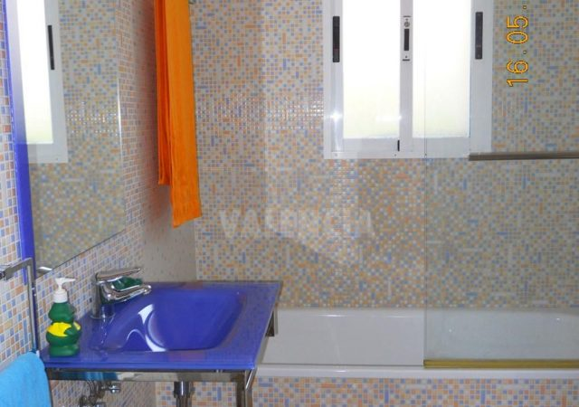 46907-bano-1-chalet-valencia