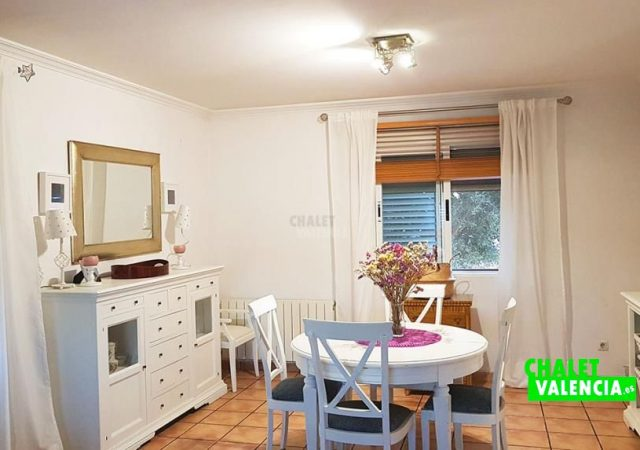 46907-salon-comedor-2-chalet-valencia