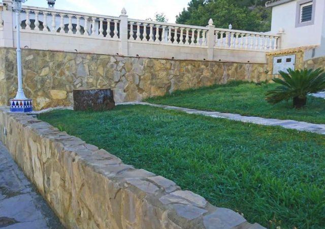 46993-jardin-entrada-taronchers-chalet-valencia