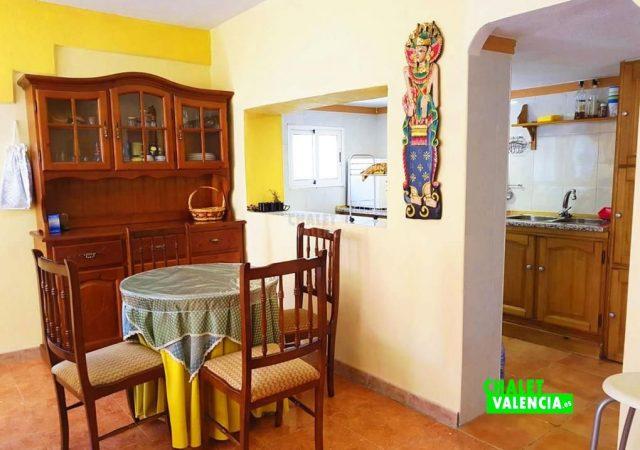 47086-cocina-abierta-los-visos-chalet-valencia