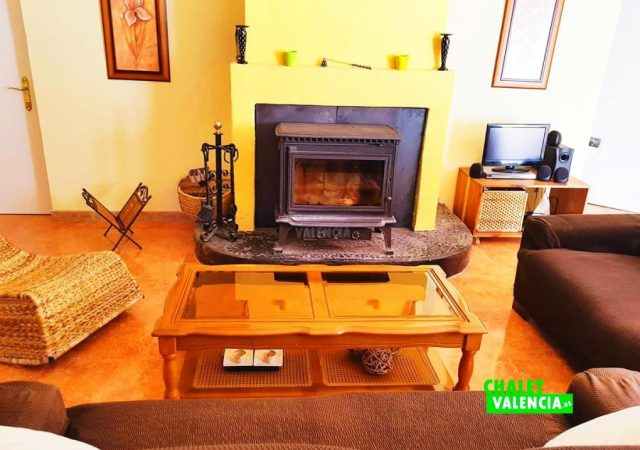47086-salon-chimenea-los-visos-chalet-valencia