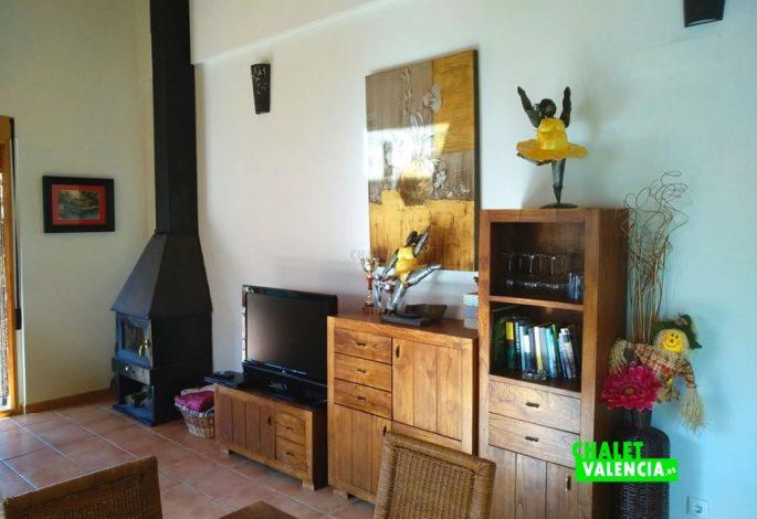 47722-salon-chimenea-modernqa-chalet-valencia