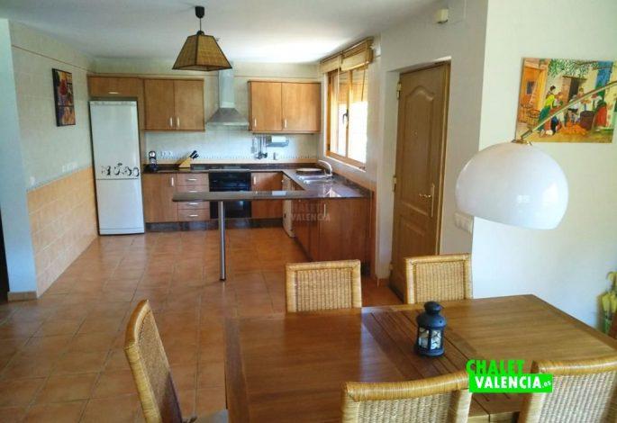 47722-salon-comedor-cocina-chalet-valencia